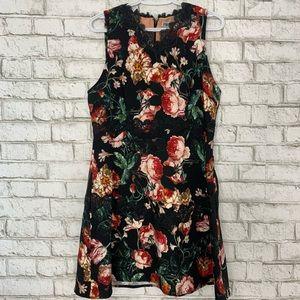 Chelsea28 Sleeveless V Neck Floral Dress